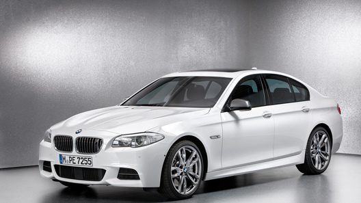 BMW рассекретила линейку M Performance