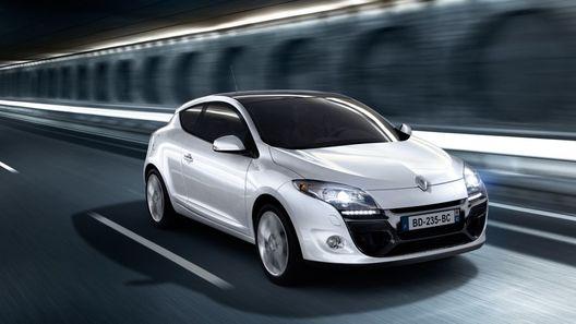 В России начались продажи Renault Megane Coupe