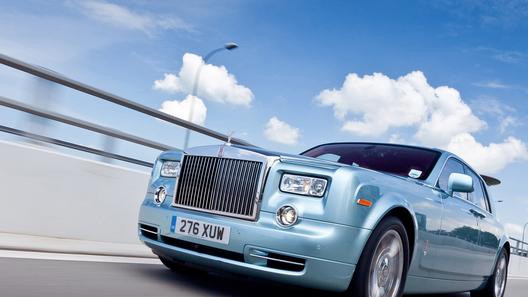 Rolls-Royce отказался от идеи выпустить электрокар