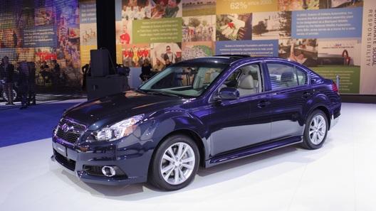 Subaru представила в Нью-Йорке обновленные Legacy и Outback