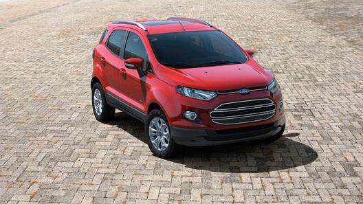 Ford выводит на рынок новый компактный кроссовер
