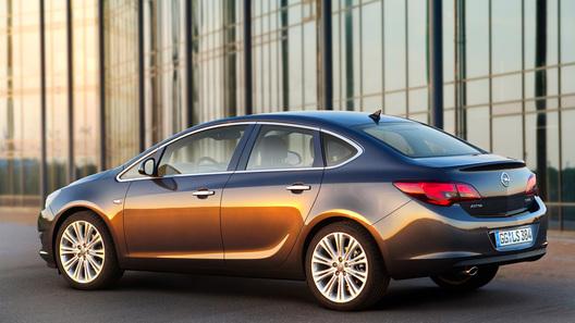 Мировая премьера нового седана Opel Astra состоится в Москве
