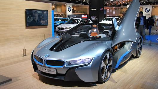 Новый концепт BMW i8 Spyder показали на ММАС