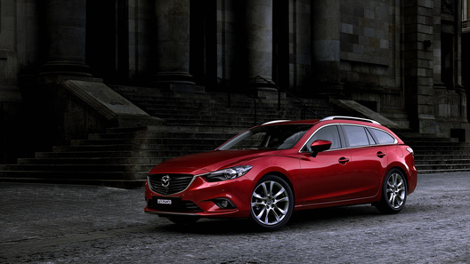 Новое поколение Mazda6 в кузове универсал дебютирует в Париже