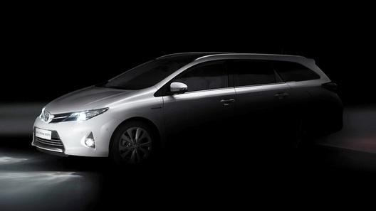 Toyota Auris получит кузов
