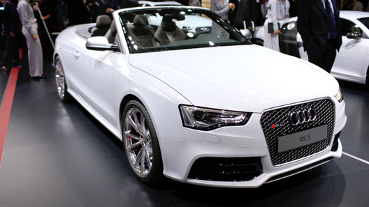 Audi RS 5 лишился крыши и подорожал на 10 тысяч евро