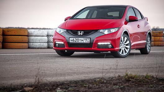 Honda Civic 5D: девятое поколение в нюансах