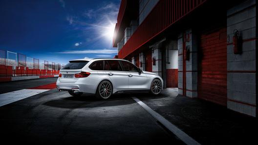 Универсал BMW 3 Series от M Performance покажут в Эссене
