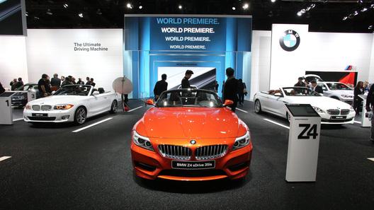 BMW демонстрирует в Детройте новый 4 Series и обновленный Z4