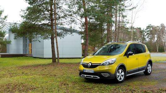 Renault Scenic получит новую внешность и
