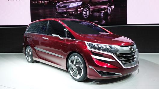 Honda показала в Китае концептуальный минивэн