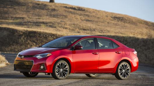 Toyota представила новое поколение седана Corolla