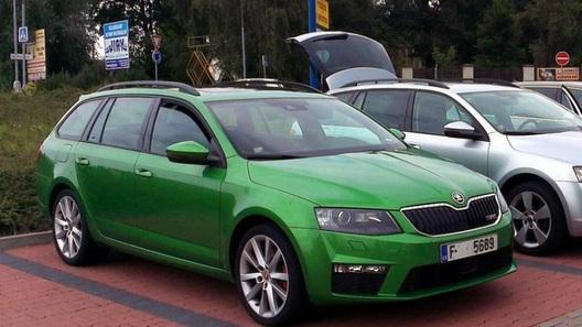 Новые Skoda Octavia RS попались фотошпионам