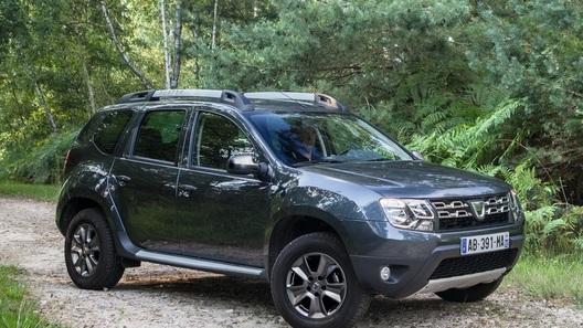 Компания Dacia показала живьем новый Duster