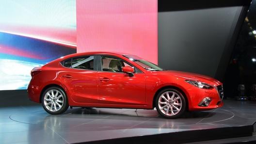 Новая Mazda3 обойдется в 645 тысяч рублей