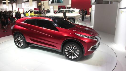 Mitsubishi привезет в Москву обновленный Pajero и несколько концептов