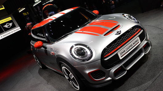 Мотор самой быстрой версии Mini станет мощнее - но не намного