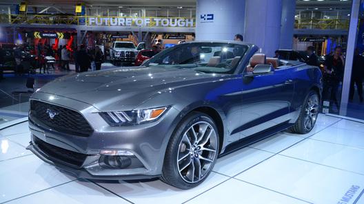 В Детройте новый Mustang можно увидеть, но нельзя купить
