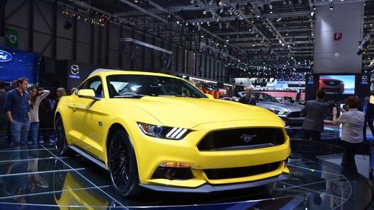 Ford сделает Mustang для Европы медленнее и мягче