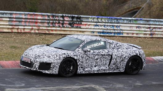 Новую Audi R8 вывели на испытания на Нюрбургринг