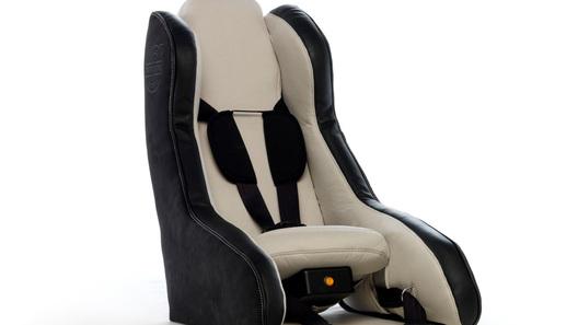 Volvo разработала надувное детское кресло