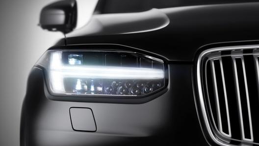 Новый Volvo XC90 получит фары в стиле