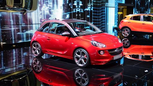 Opel Adam появится в России в начале 2015 года