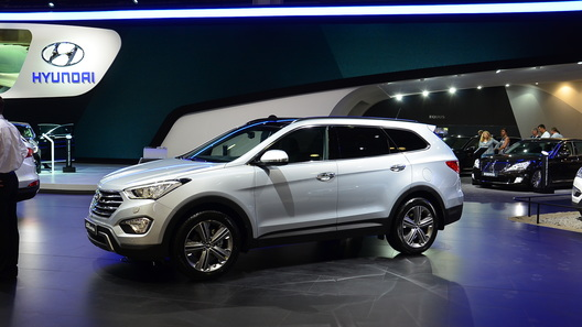 Hyundai Santa Fe стал комфортнее