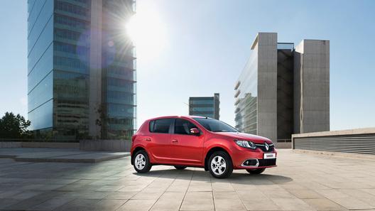 В России начались продажи нового Renault Sandero