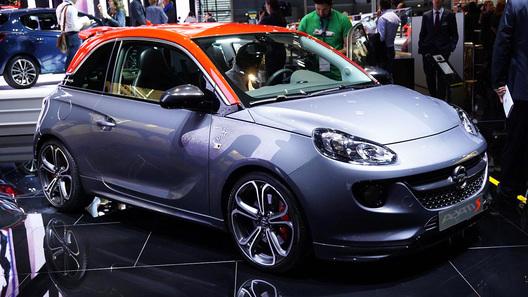 Opel отправил на конвейер