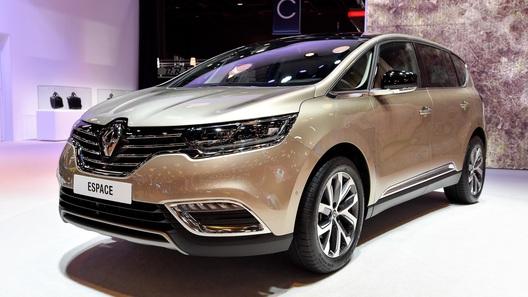 Новое поколение Renault Espace удивило посетителей автосалона в Париже