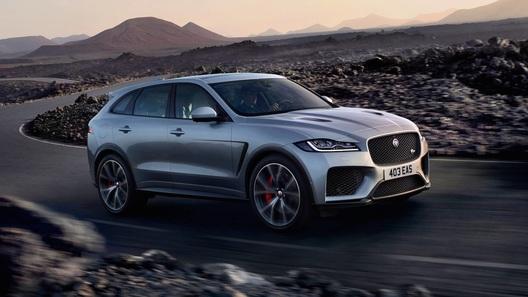 Компания Jaguar представила очень быстрый кроссовер F-Pace