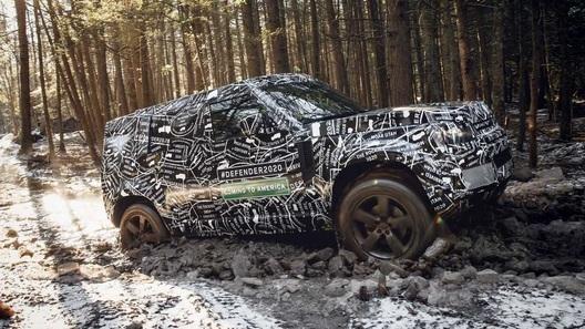 Возвращение Land Rover Defender: названы сроки премьеры