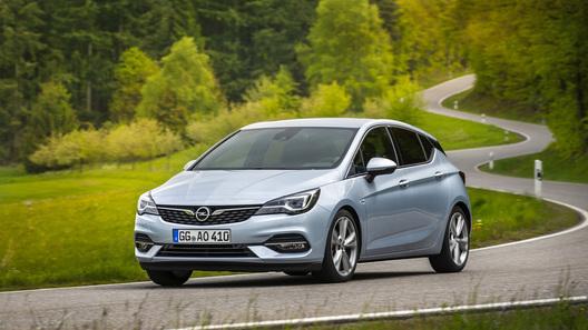 Обновленный Opel Astra стал более оснащенным, бодрым и экономичным