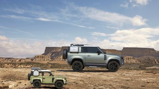 Еще одна премьера: новый Land Rover Defender теперь можно собрать дома