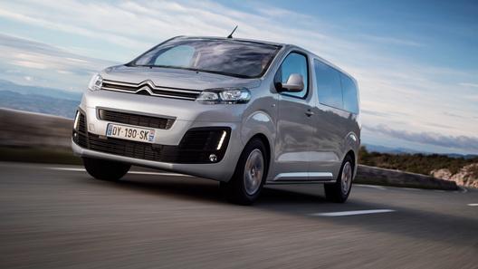 Названы российские цены на полноприводные минивены Peugeot и Citroen
