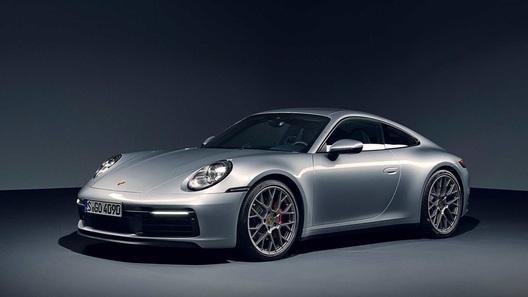 Porsche 911 наконец-то обзавелся механической трансмиссией