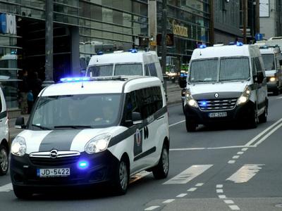Латвийцам рассказали, как распознавать шпионов