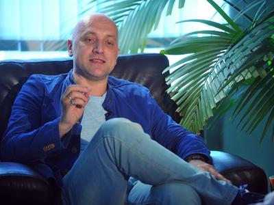 Захар Прилепин рассказал, кого ждет в своем подмосковном этноколхозе