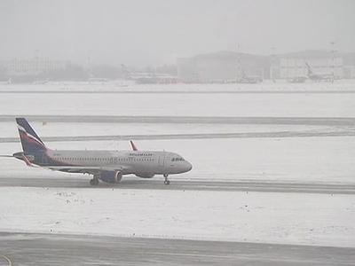 """Из-за надвигающейся непогоды """"Аэрофлот"""" отменил 44 рейса в Шереметьево"""