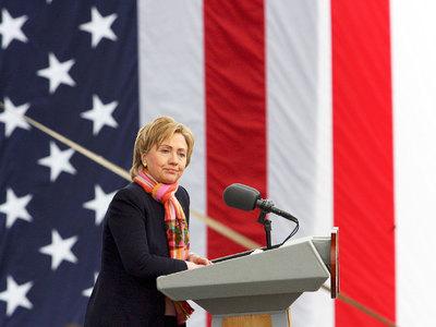 Американский сенатор призвал не винить Россию в проигрыше Клинтон на выборах