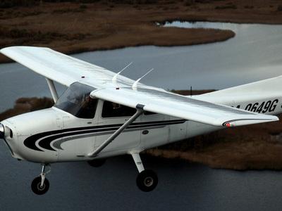 """В Канаде ищут """"пилота-призрака"""", исчезнувшего после крушения частного самолета"""