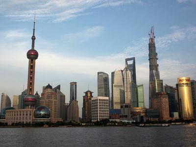 Пожар на футбольном стадионе в Шанхае потушен