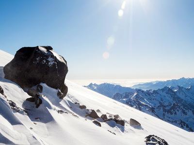 На Эльбрусе умер альпинист из Москвы