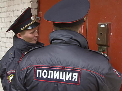 В Москве обезвредили неадеквата, бегавшего по подъезду с ножом