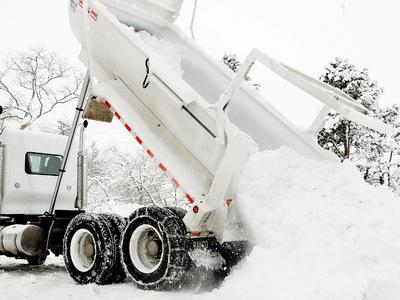 Калифорния оказалась во власти снежной бури