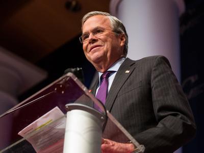Джеб Буш отказался идти на инаугурацию Трампа