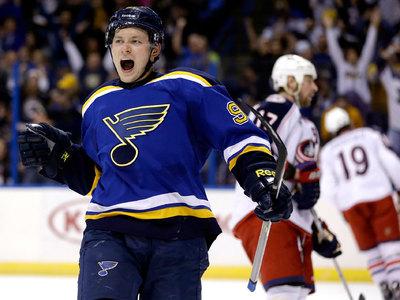 Владимир Тарасенко признан третьей звездой дня в НХЛ