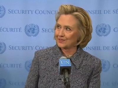 Клинтон хотят судить за почтовый скандал