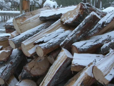 Китайцы подрались топорами с грузинами из-за дров